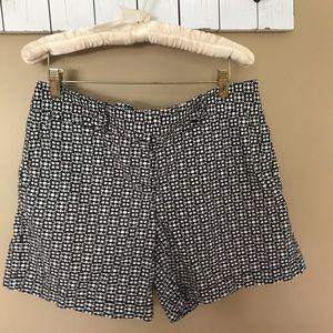 Loft Black & White Shorts Size 6